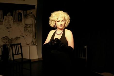 Ionela Nedelea actrita monodrama simply marilyn
